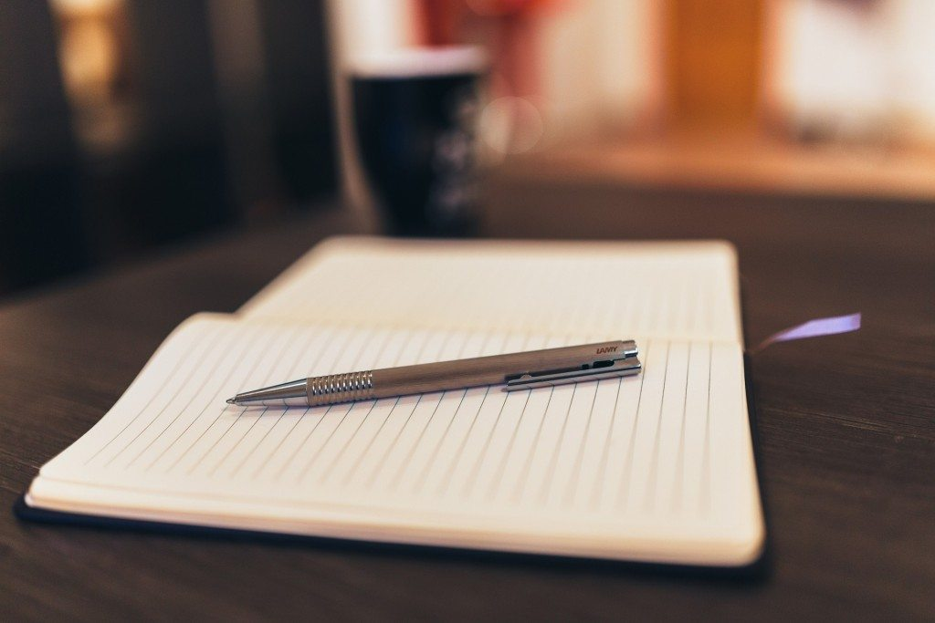 Do Writers Need to Write by Hand?